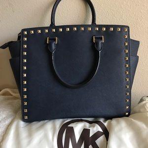 Michael Kors Bags - 🌑MK Lg Selma Navy Saffiano Leather Tote🌑
